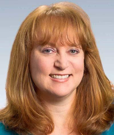 Jennifer  Schmidt